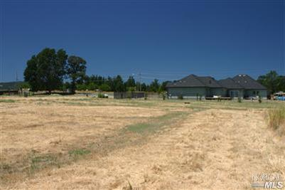 1200 Oak Park Way, Lakeport, CA 95453