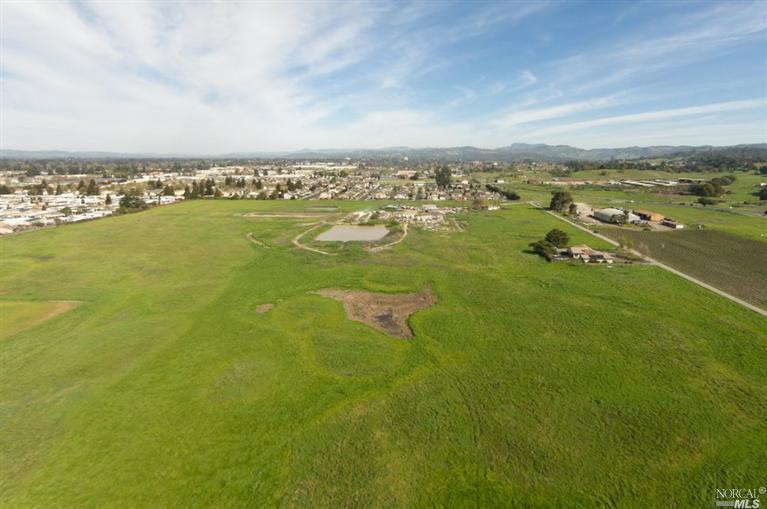 3367 Petaluma Hill Road Drive, Santa Rosa, CA 95404