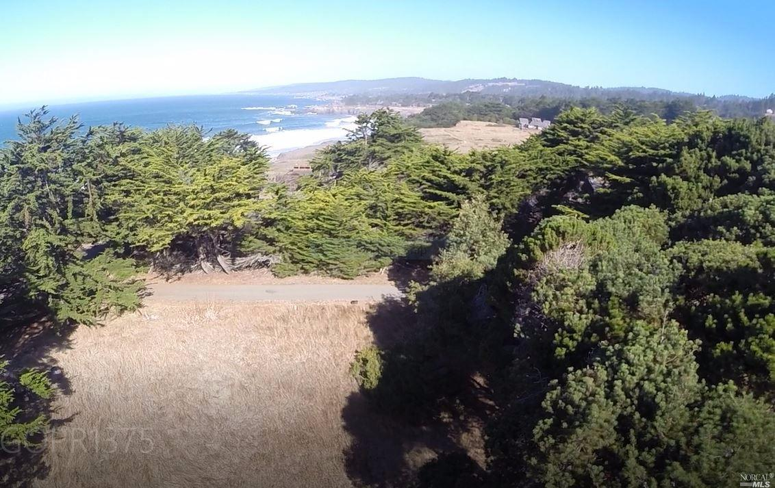 68 Black Point Reach Road, The Sea Ranch, CA 95497