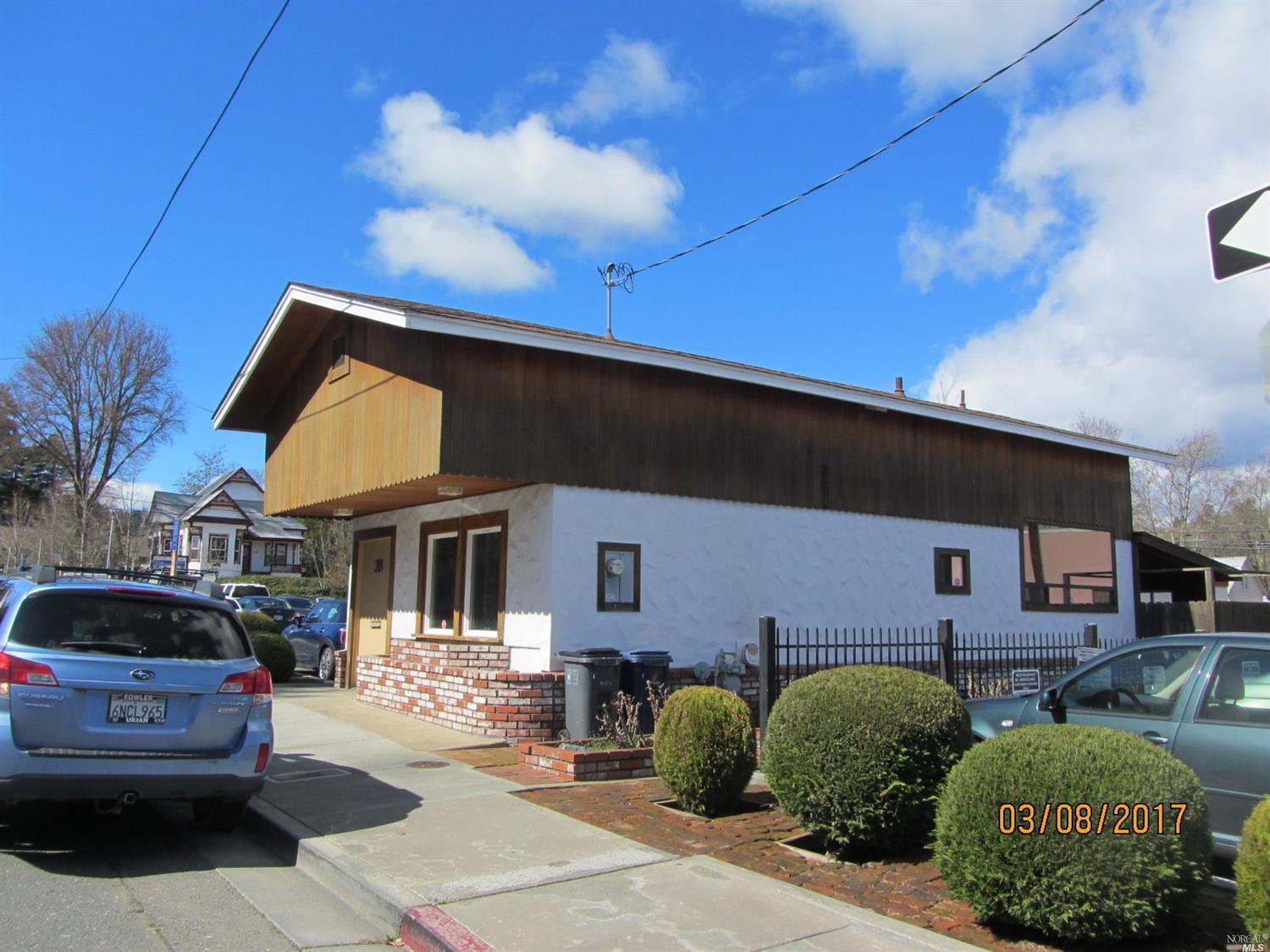 38 Wood Street, Willits, CA 95490
