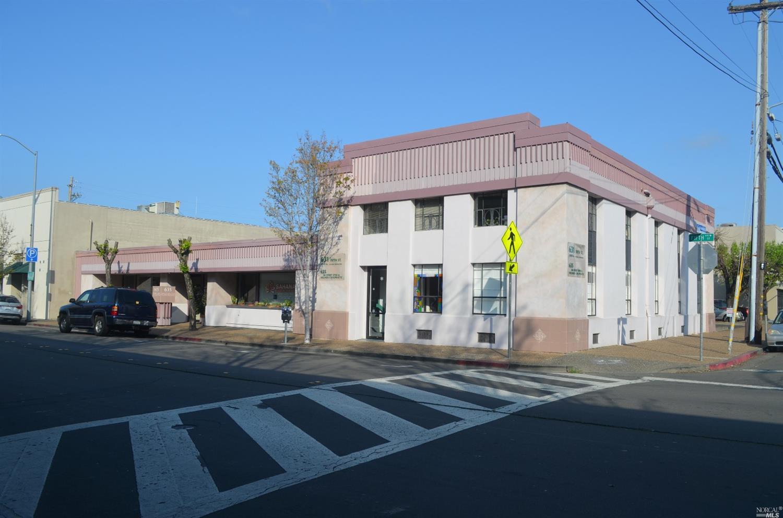 631 5th Street, Santa Rosa, CA 95404