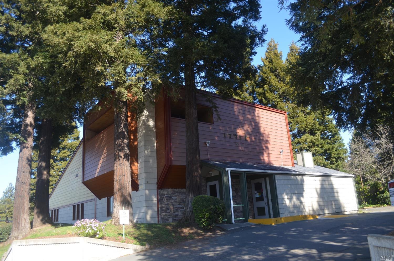 1440 Townview Lane, Santa Rosa, CA 95405