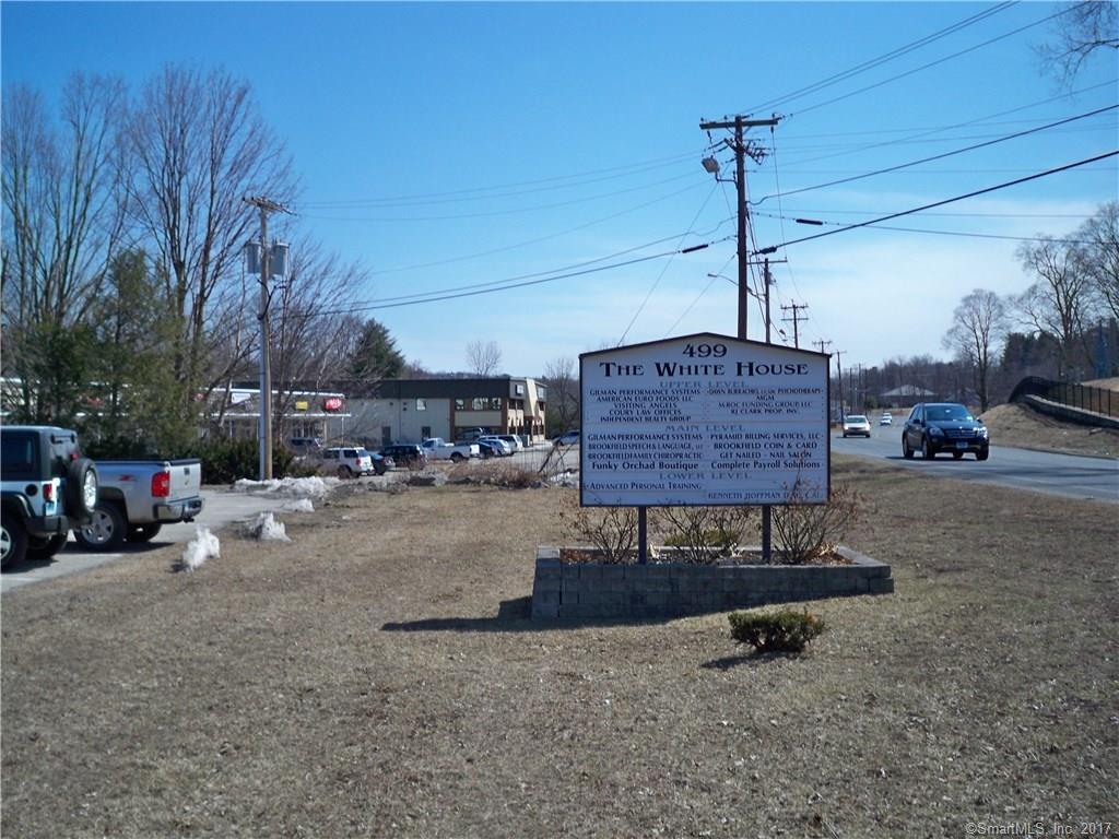 499 Federal Road Unit 20B, Brookfield, CT 06804