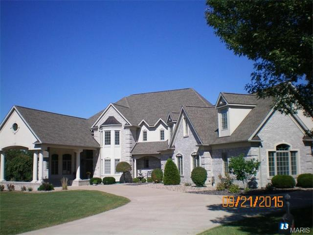 13 Orchard Point, Hannibal, MO 63401