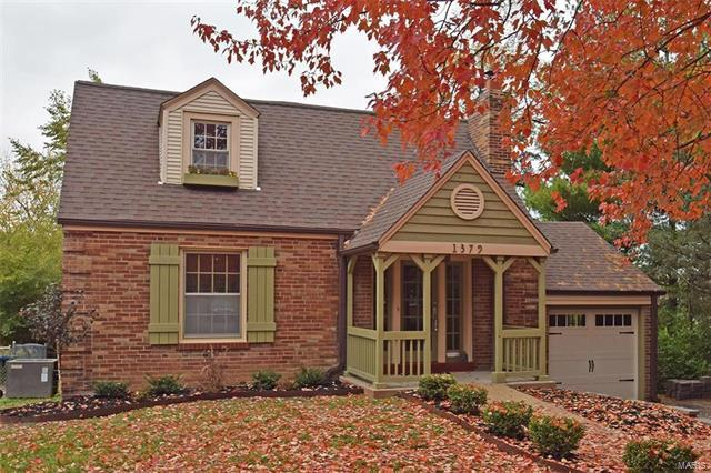 1379 Andrew Drive, St Louis, MO 63122