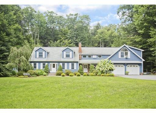 74 Williamsville Road, Hubbardston, MA 01452