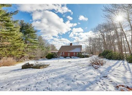 26 Witt Hill Road, Worthington, MA 01098