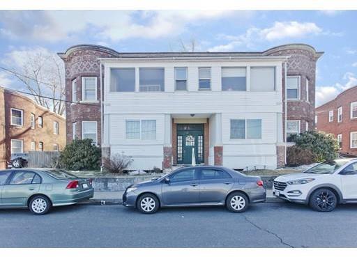 5 Parkview Terrace, Holyoke, MA 01040