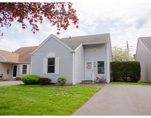 124 Alvord Place Unit 124, South Hadley, MA 01075