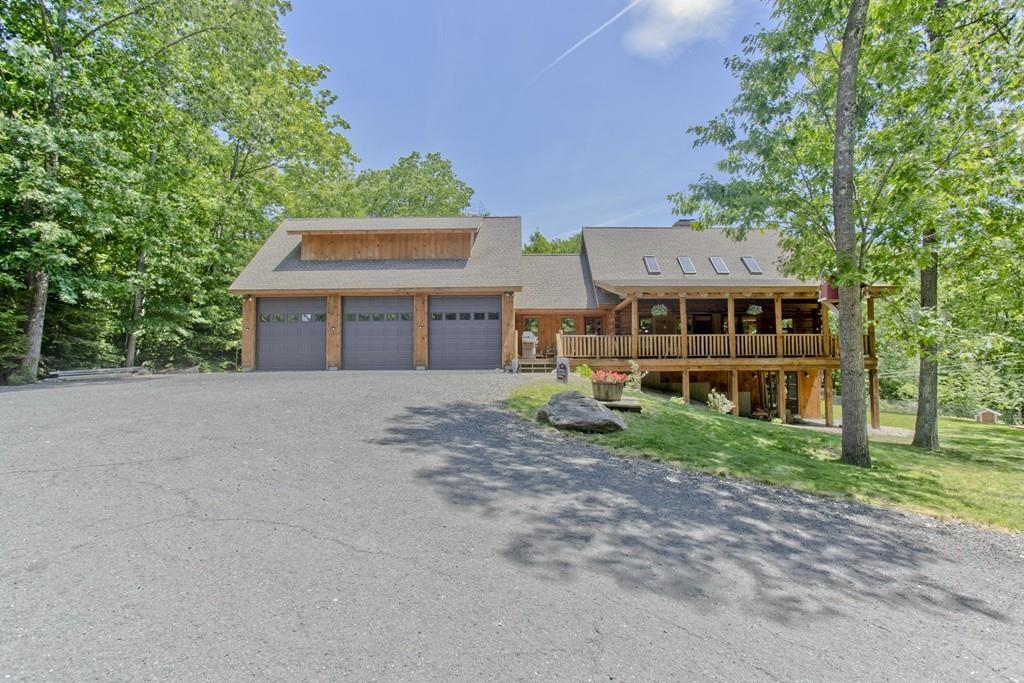 620 South Quarter Road, Russell, MA 01071