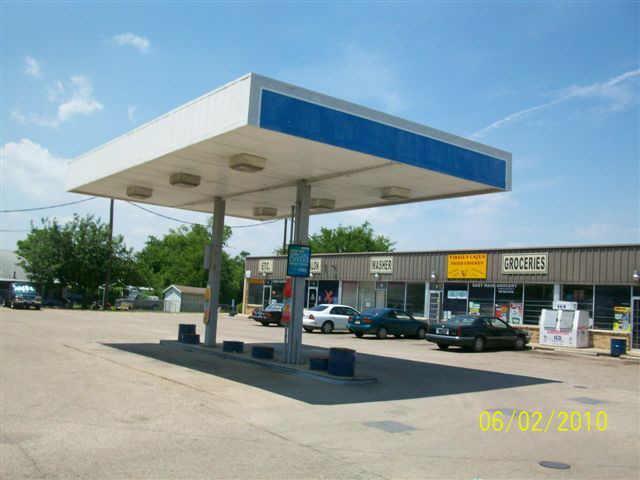 809 Drive Martin Luther Kin Boulevard, Waxahachie, Texas 75165
