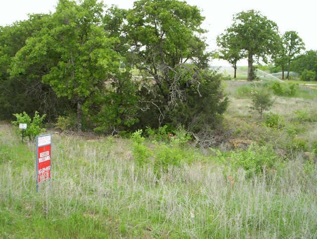 8 North Club View Drive, Bowie, Texas 76230