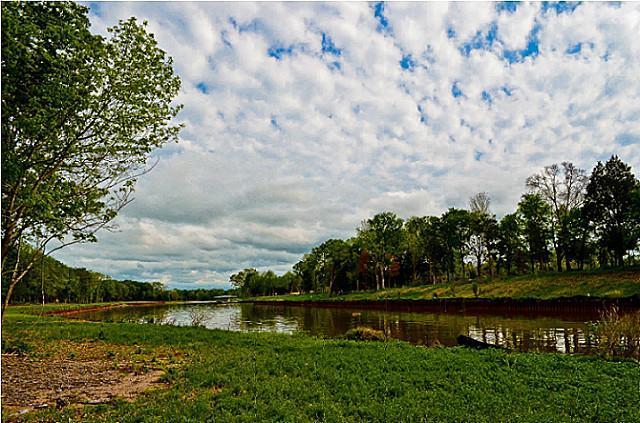 437 Waters Edge Drive, Corsicana, Texas 75109