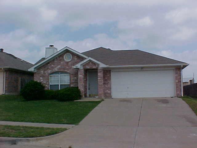 7011 Pickford Court, Arlington, Texas 76001