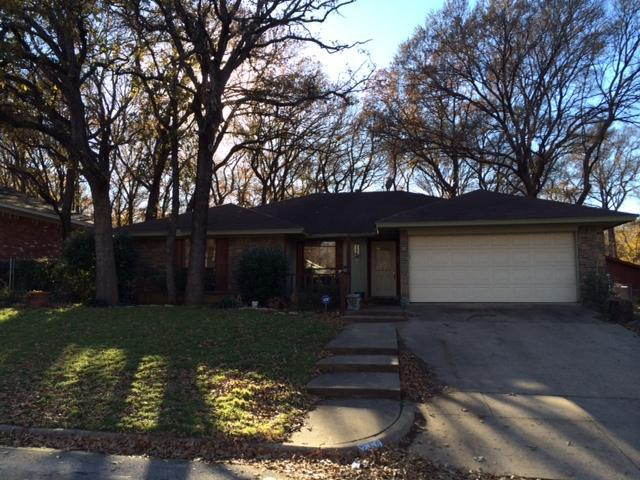 219 North Wisteria Street, Mansfield, Texas 76063
