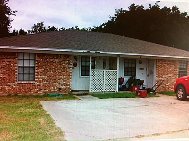 608 South Main Street, Aubrey, Texas 76227