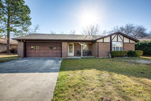 6732 Mabell Street, North Richland Hills, Texas 76182