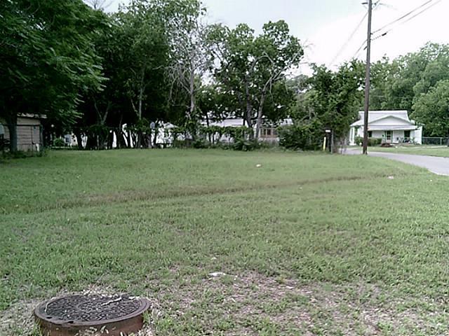 800 East Drive MLK Jr Boulevard, Waxahachie, Texas 75165