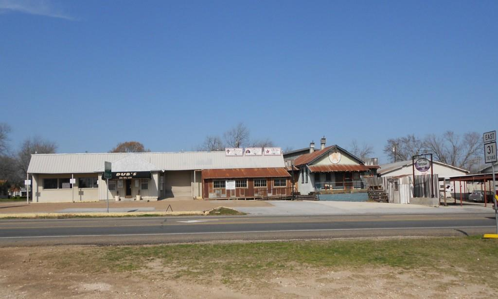 201 North East Fourth Street, Hubbard, Texas 76648