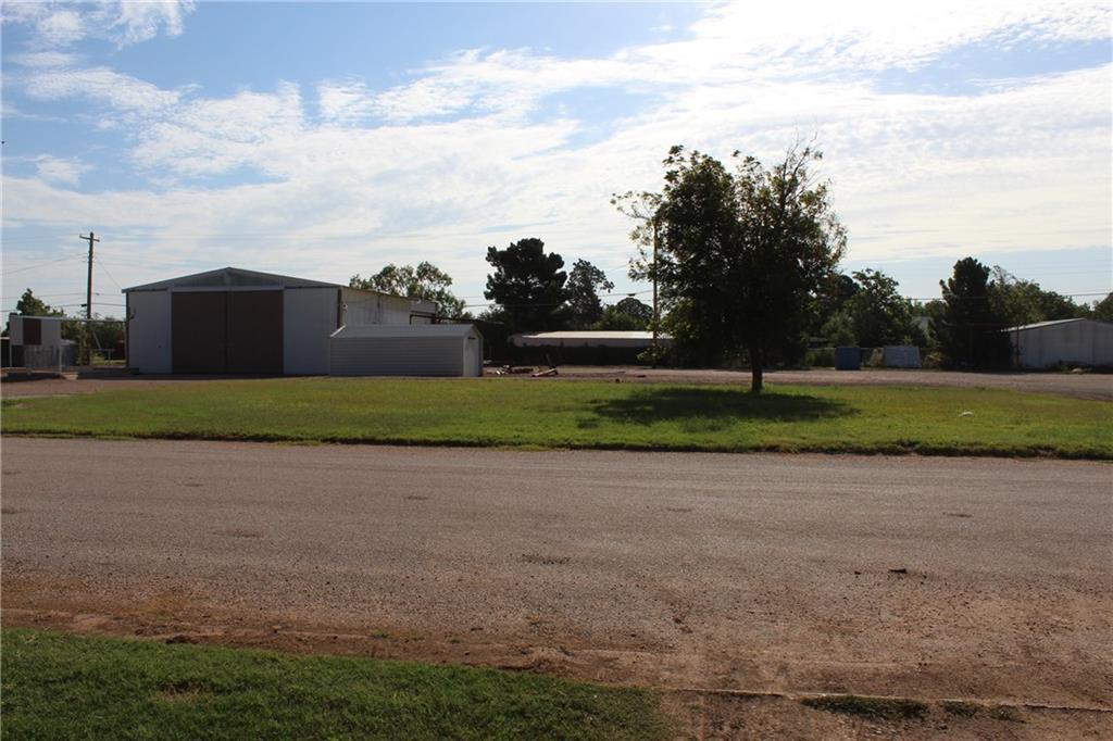 529 Avenue C Avenue, Hamlin, Texas 79520