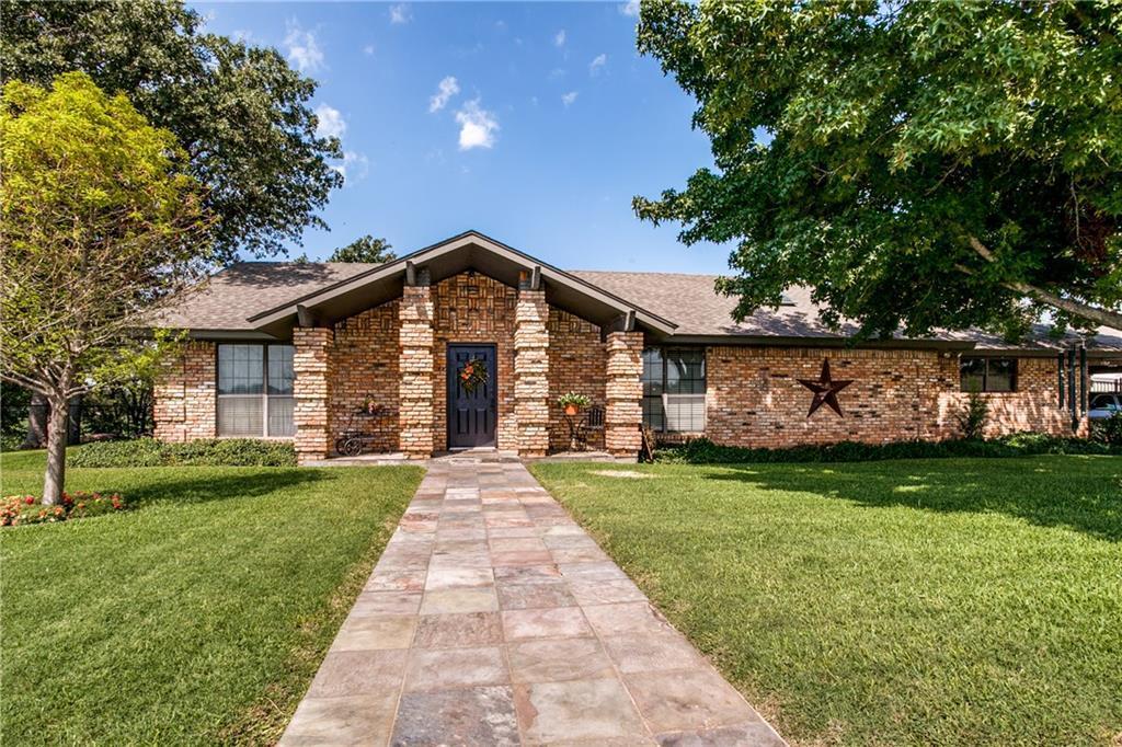 922 County Road 1590, Alvord, Texas 76225