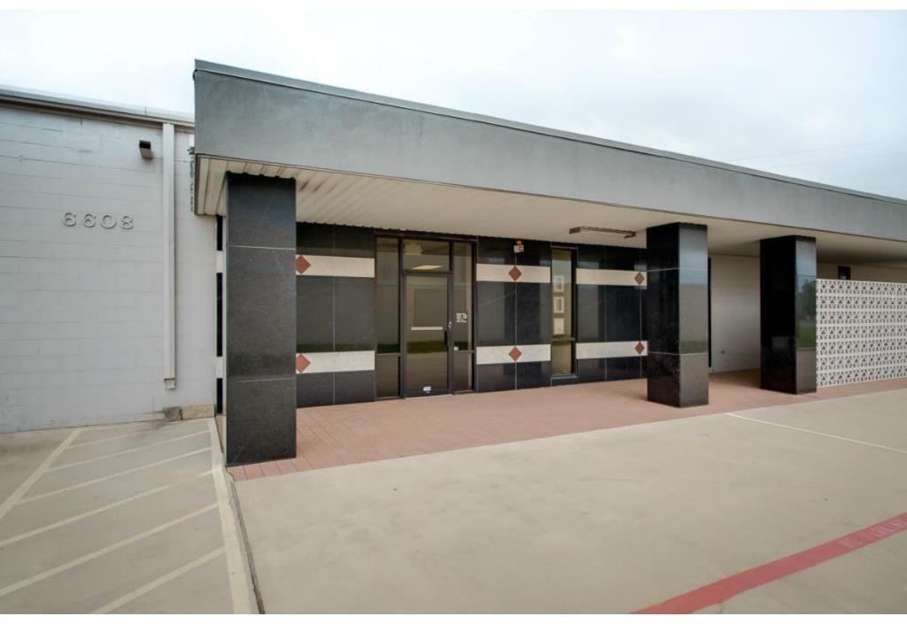 6608 Davis Unit 200-C, North Richland Hills, Texas 76182
