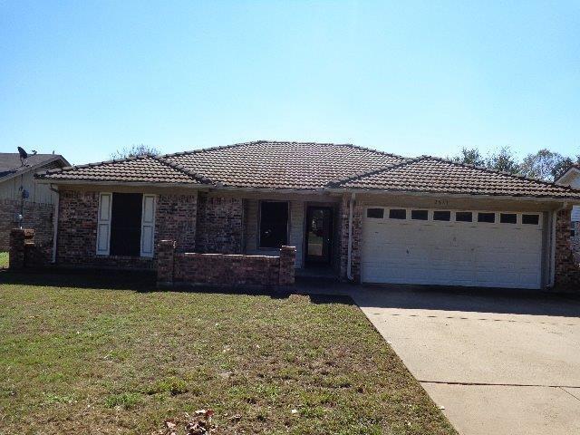 2721 Ridge Road, Fort Worth, Texas 76133