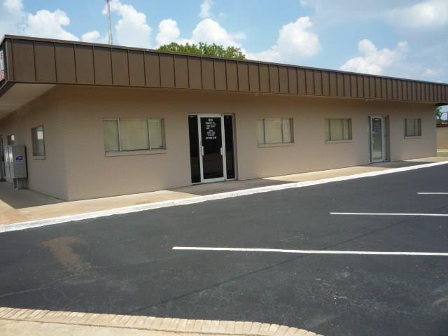 623 West Main Street, Arlington, Texas 76010