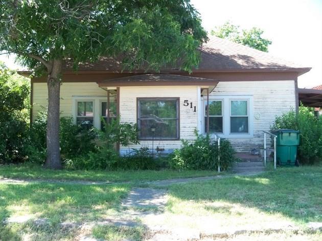 511 West Mesquite Street, Coleman, Texas 76834