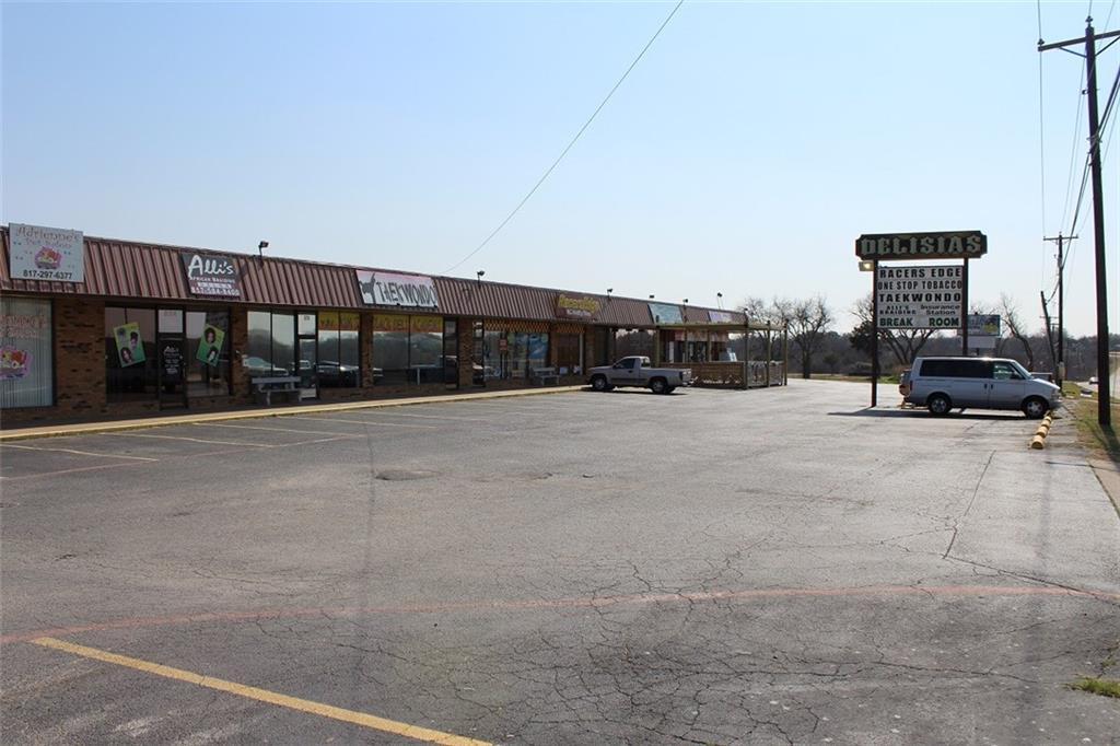800 North Crowley Road, Crowley, Texas 76036