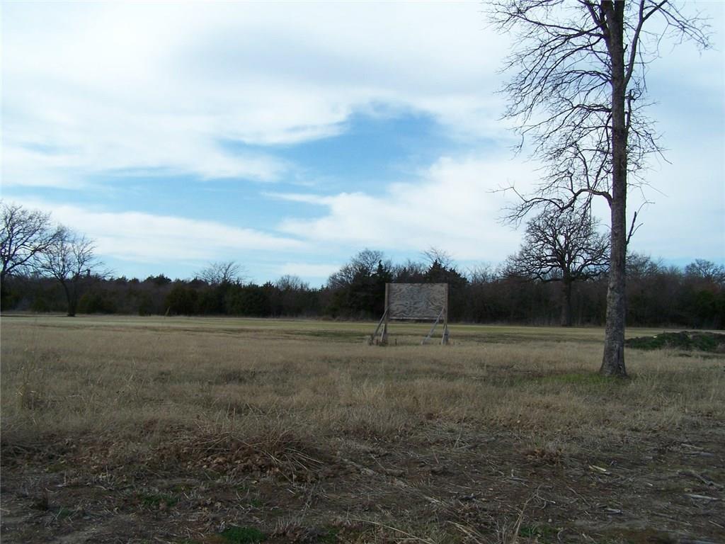 149 Bent Oak Drive, Pottsboro, Texas 75076