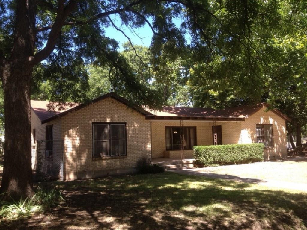 216 Pine Street, Clyde, Texas 79510