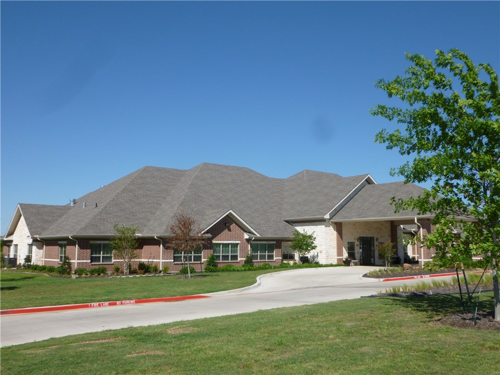 301 Elk Drive Unit Mem- 1, Burleson, Texas 76028