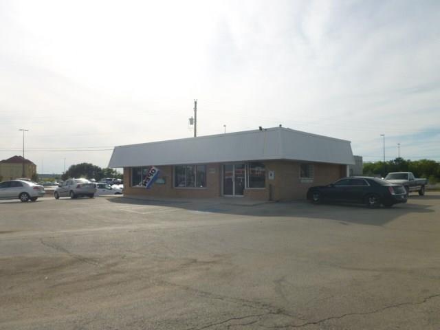 400 East Commerce Street, Brownwood, Texas 76801
