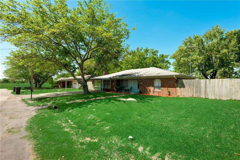405 Sunset Street, Malakoff, Texas 75148