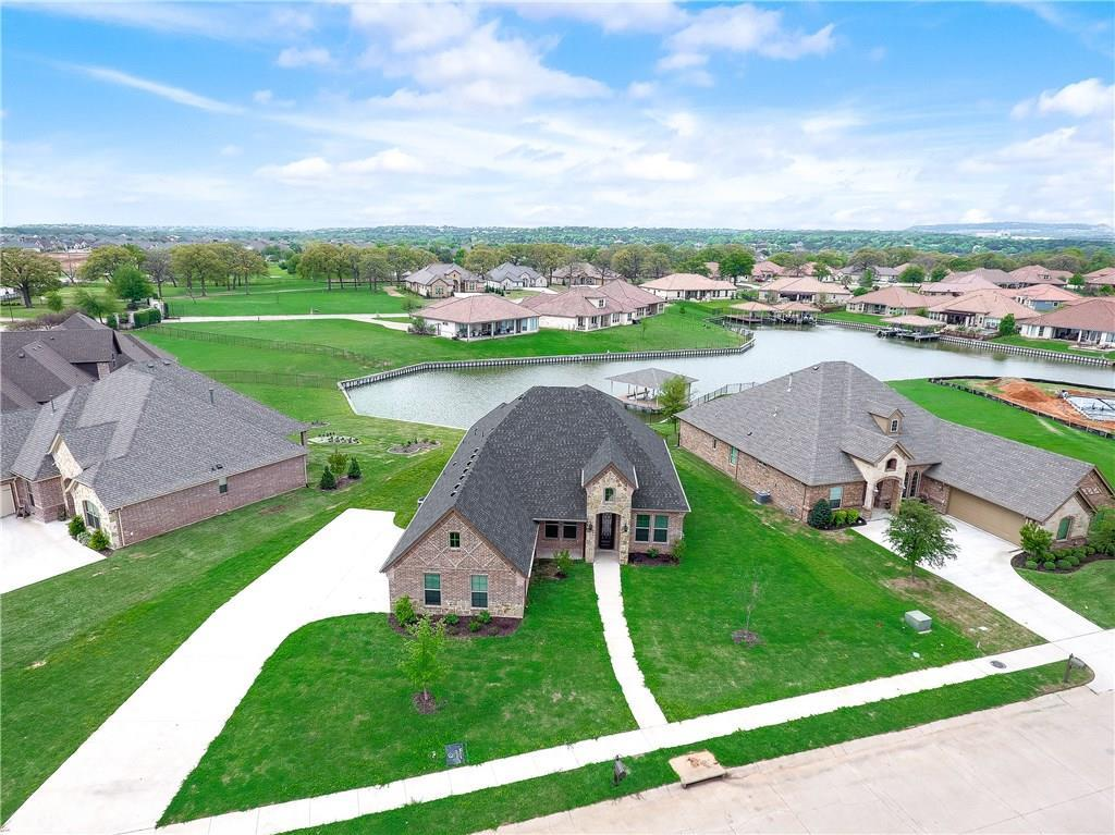 1208 Huntington Cove Court, Granbury, Texas 76048