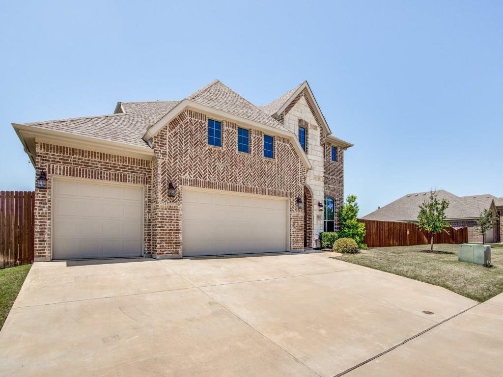 15105 Seventeen Lakes Boulevard, Fort Worth, Texas 76262