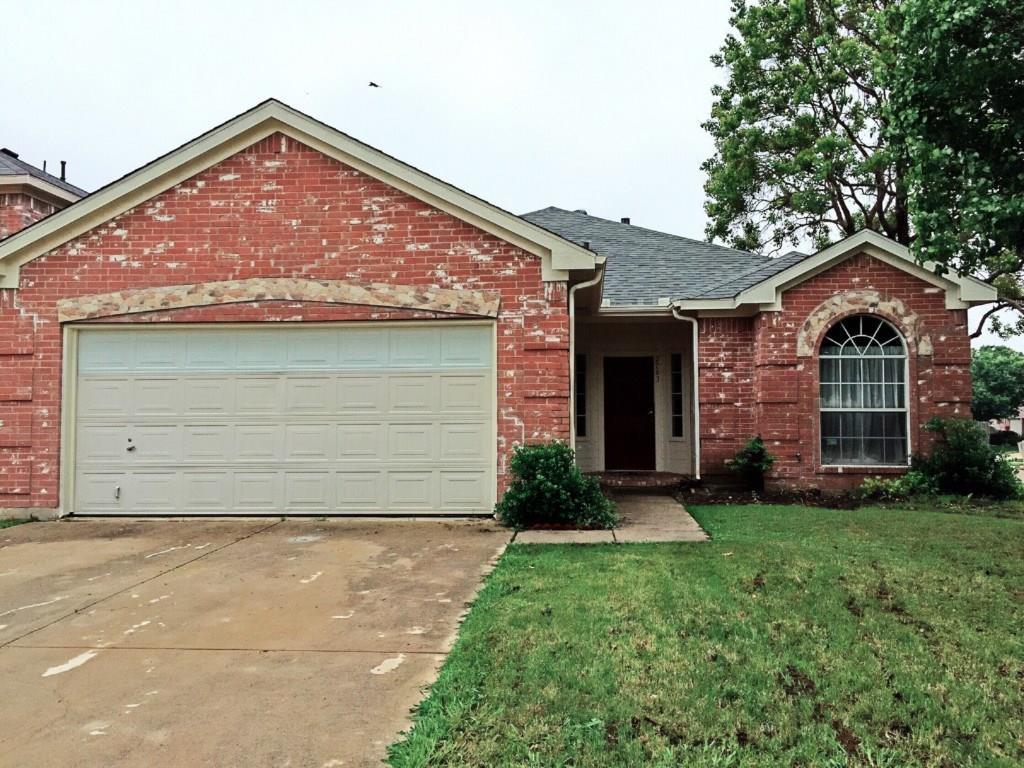 2763 North Hampton Drive, Grand Prairie, Texas 75052