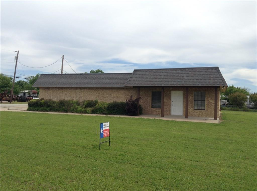 709 North Smith Avenue, Dawson, Texas 76639