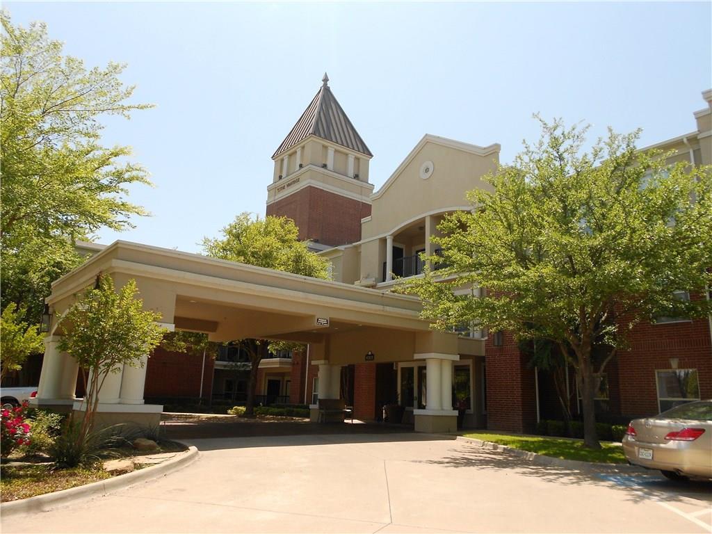 6301 Overton Ridge Boulevard Unit 1+den, Fort Worth, Texas 76132