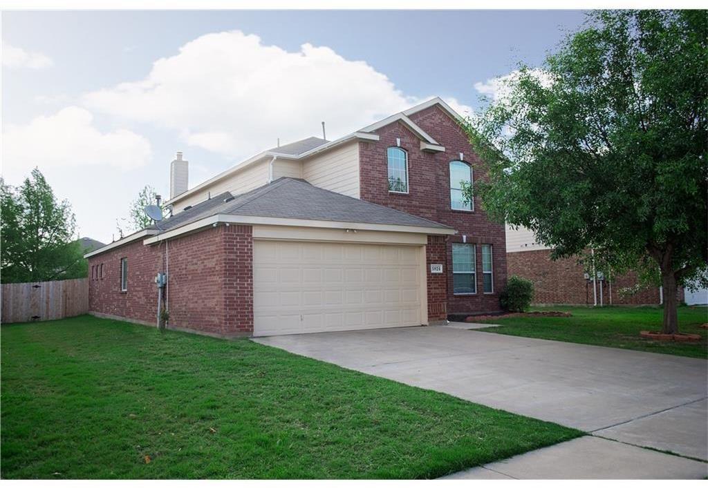 5824 Somerton Drive, Grand Prairie, Texas 75052