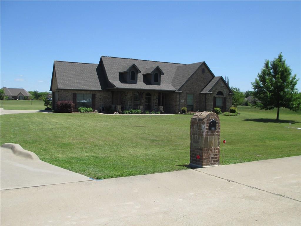 2033 Pin Oak Drive, Kaufman, Texas 75142