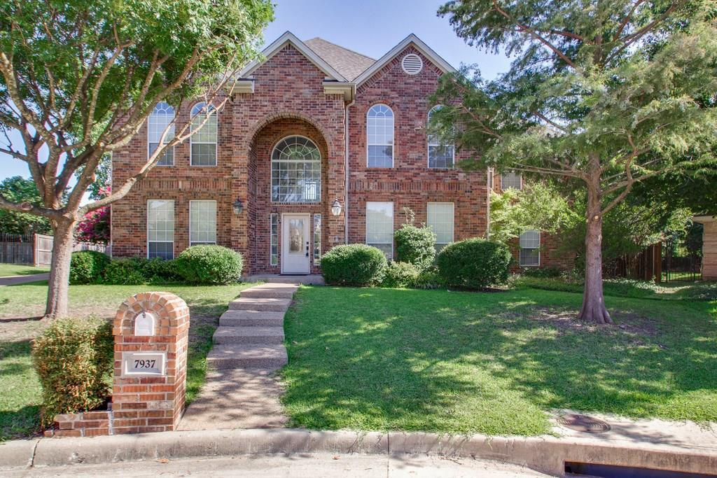 7937 Vista Ridge Drive, Fort Worth, Texas 76132