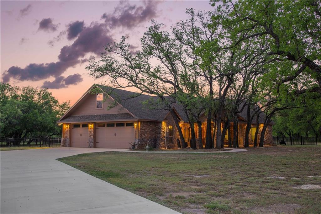 7552 Safe Harbor Drive, Brownwood, Texas 76801