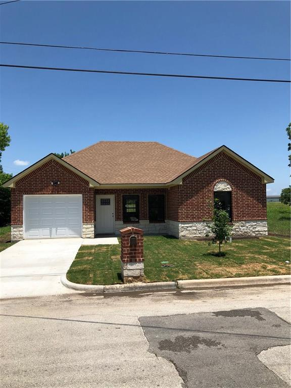 703 Perry Avenue, Waxahachie, Texas 75165