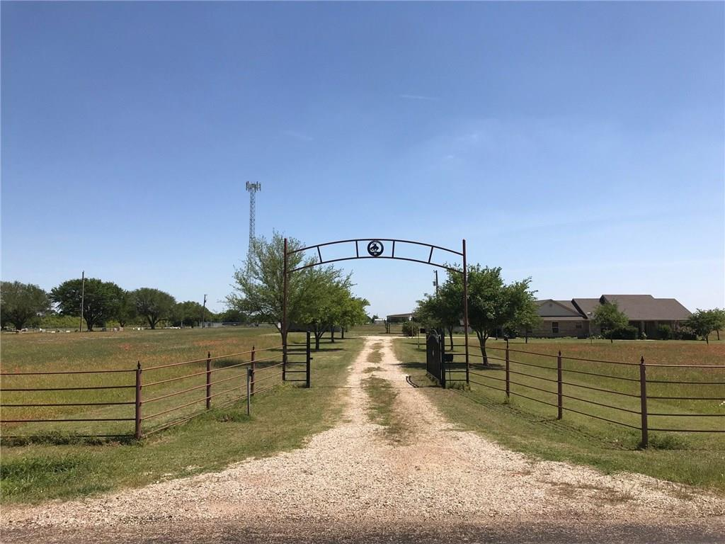 3672 Bode Road, West, Texas 76691