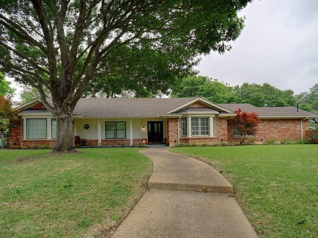 3412 Autumn Court, Fort Worth, Texas 76109
