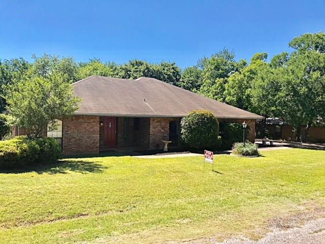 1209 Spanish Moss Drive, Granbury, Texas 76048
