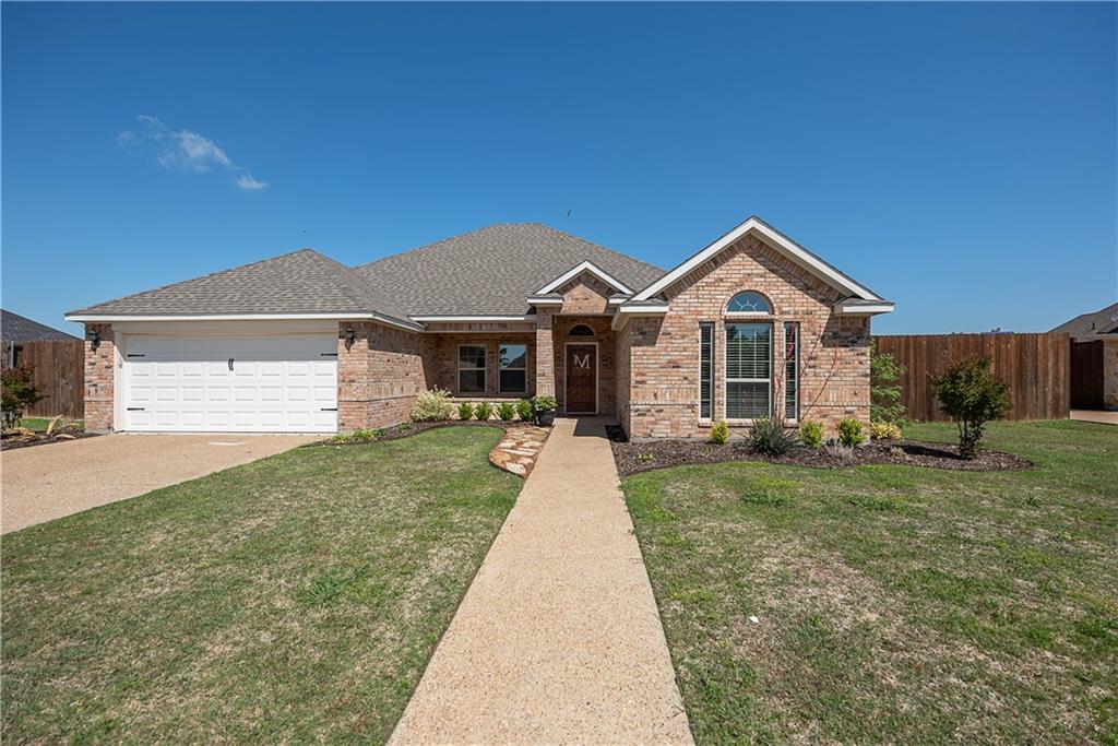 804 Medinah, Corsicana, Texas 75110
