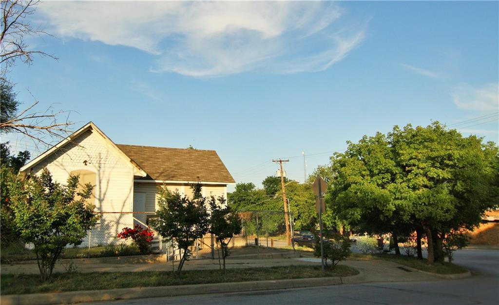 1302 North Calhoun Street, Fort Worth, Texas 76164
